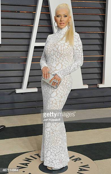 Singer Christina Aguilera arrives at the 2015 Vanity Fair Oscar Party Hosted By Graydon Carter at Wallis Annenberg Center for the Performing Arts on...