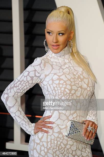 Singer Christina Aguilera attends the 2015 Vanity Fair Oscar Party hosted by Graydon Carter at Wallis Annenberg Center for the Performing Arts on...