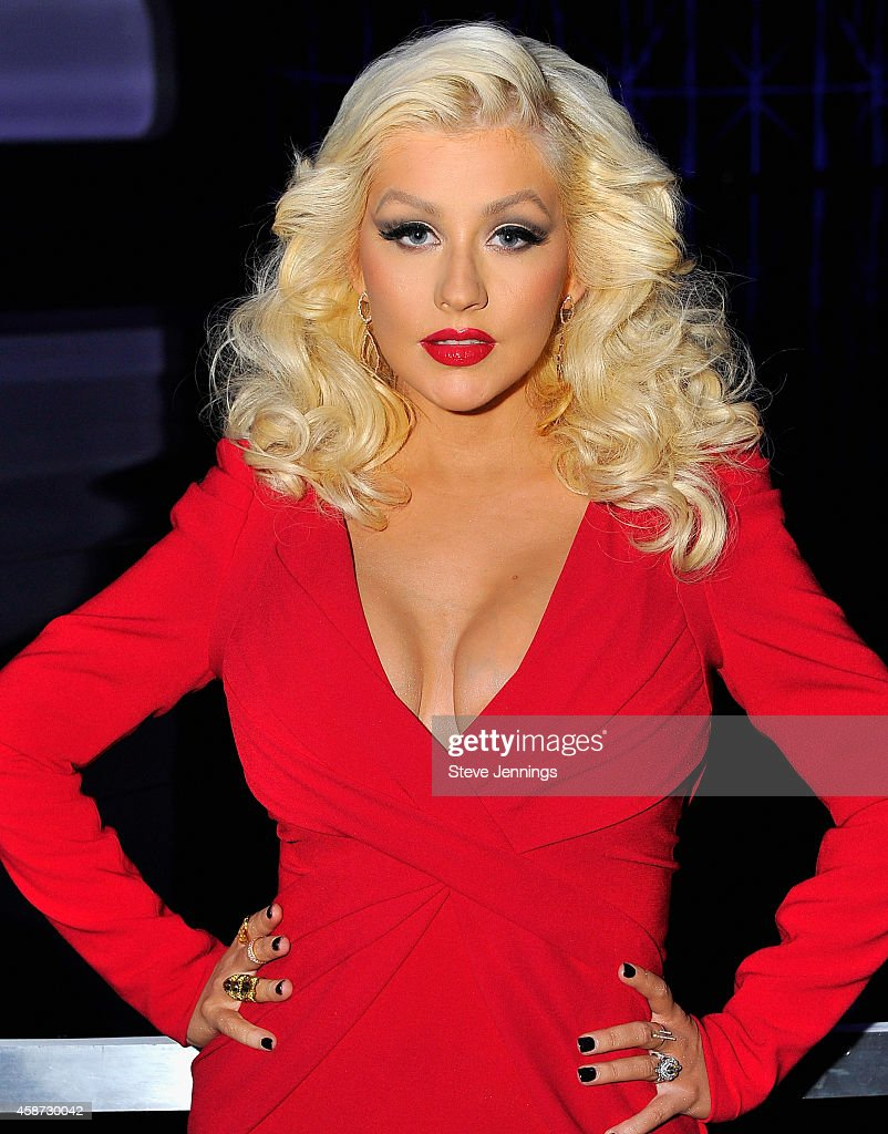 Singer Christina Aguilera attends the Breakthrough Prize Awards Ceremony Hosted By Seth MacFarlane at NASA Ames Research Center on November 9, 2014 in Mountain View, California.
