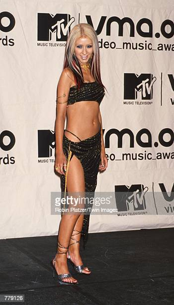 Singer Christina Aguilera attends the MTV Video Music Awards held at the Radio City Music Hall September 7, 2000 in New York City.