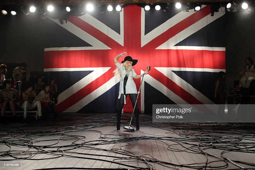 Singer Christina Aguilera performs at the Maroon 5 Video Shoot for 'Moves Like Jagger' with Christina Aguilera on July 8, 2011 in Los Angeles, California.