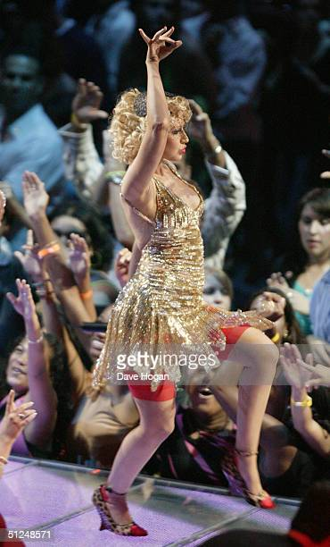 Singer Christina Aguilera performs on stage at the 2004 MTV Video Music Awards at the American Airlines Arena August 29, 2004 in Miami, Florida.