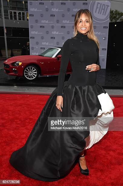 Singer Ciara attends the 2016 American Music Awards Red Carpet Arrivals sponsored by FIAT 124 Spider at Microsoft Theater on November 20 2016 in Los...