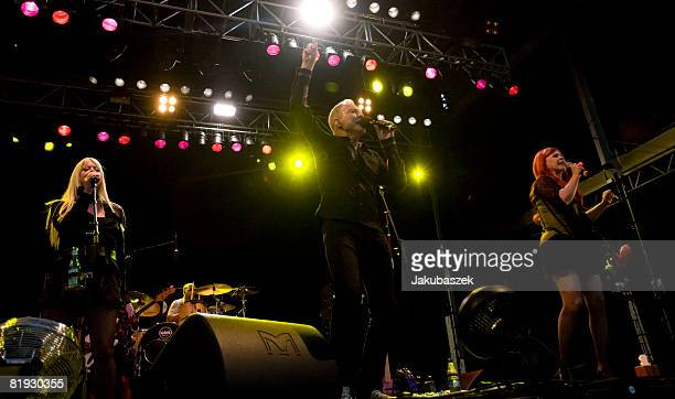 Singer Cindy Wilson Fred Schneider and Kate Pierson and of the US Rock band 'The B52's' perform live during a concert at the Zitadelle on July 14...