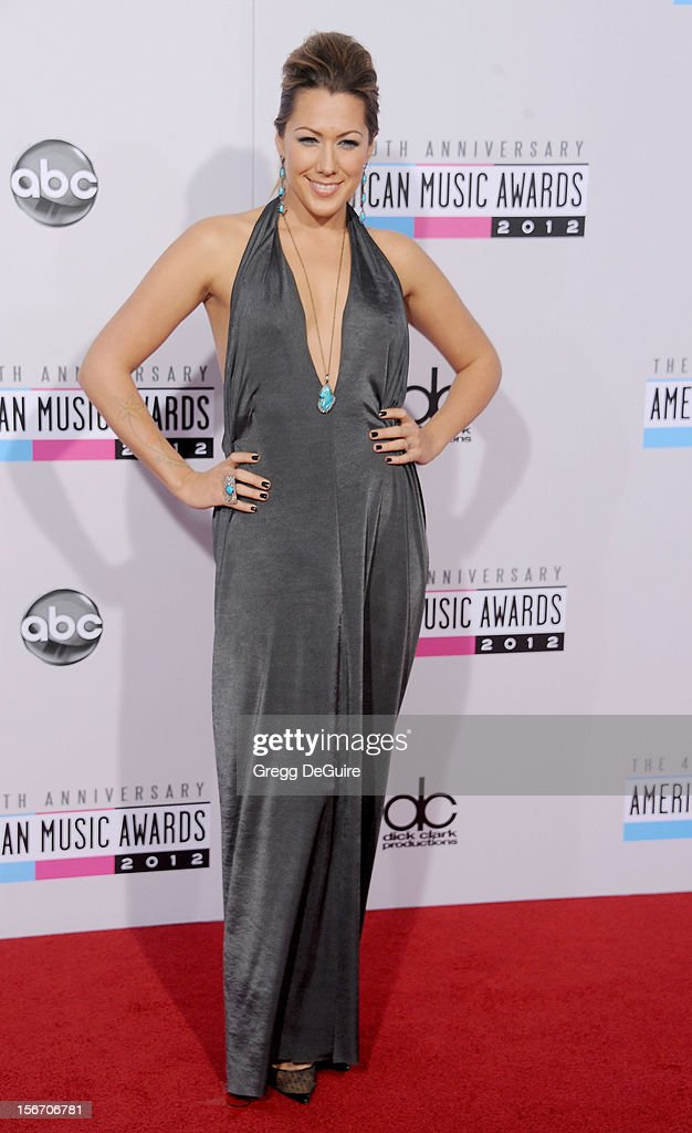 Singer Colbie Caillat arrives at the 40th Anniversary American Music Awards at Nokia Theatre L.A. Live on November 18, 2012 in Los Angeles, California.