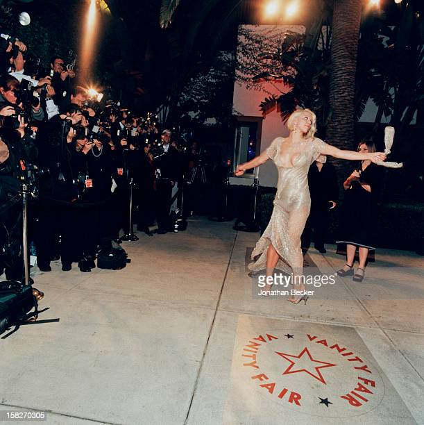 Singer Courtney Love is photographed for Vanity Fair Magazine on March 25 2001 at Vanity Fair's Oscar party at Morton's in West Hollywood California...