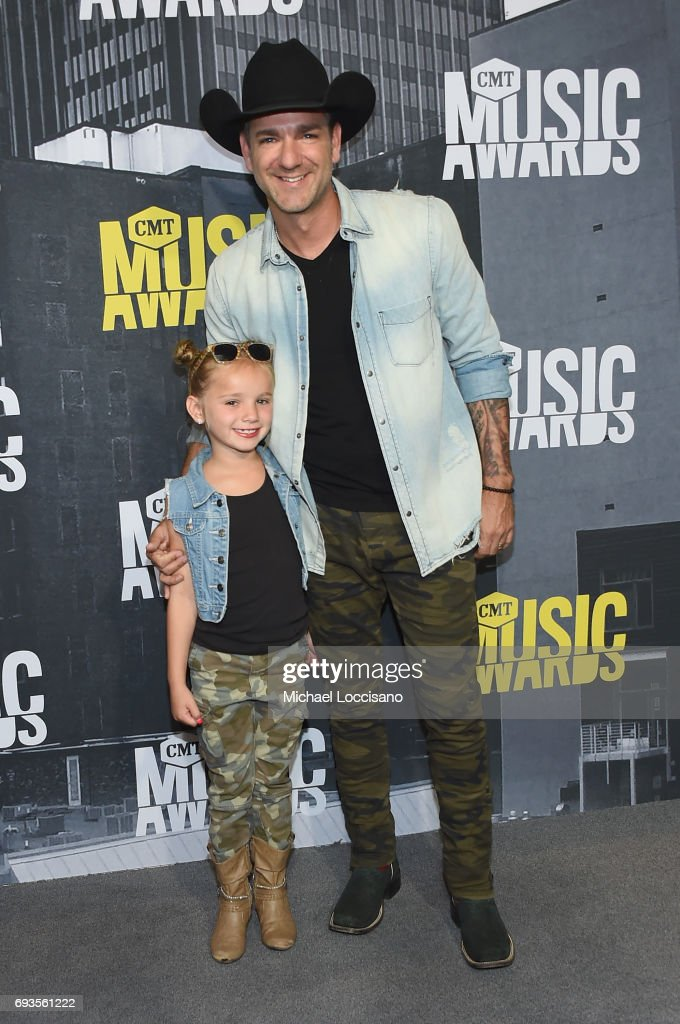 Singer Craig Campbell (R) and Kinni Rose Campbell attend the 2017 CMT Music Awards at the Music City Center on June 7, 2017 in Nashville, Tennessee.