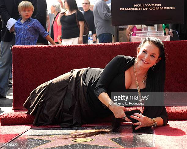 Singer Crystal Gayle poses at the star ceremony honoring Crystal Gayle on October 2 2009 in Hollywood California