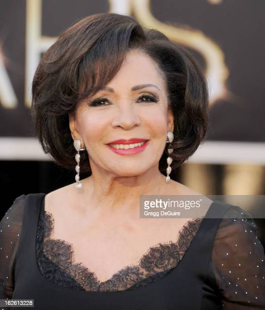 Singer Dame Shirley Bassey arrives at the Oscars at Hollywood Highland Center on February 24 2013 in Hollywood California