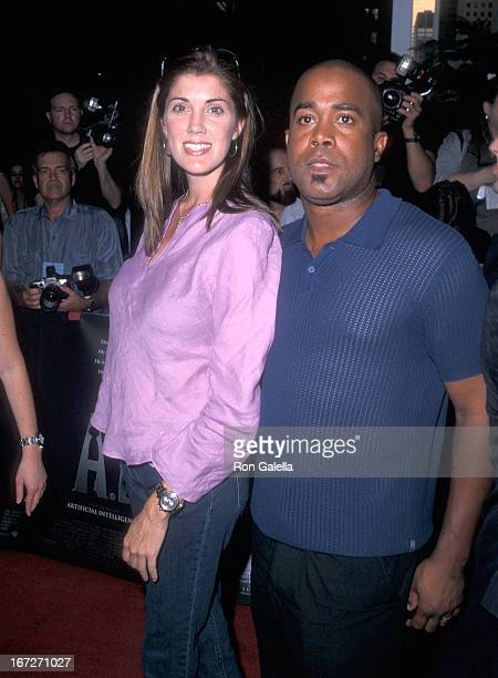 Singer Darius Rucker of Hootie the Blowfish and wife Beth Leonard attend the AI Artificial Intelligence New York City Premiere on June 26 2001 at the...