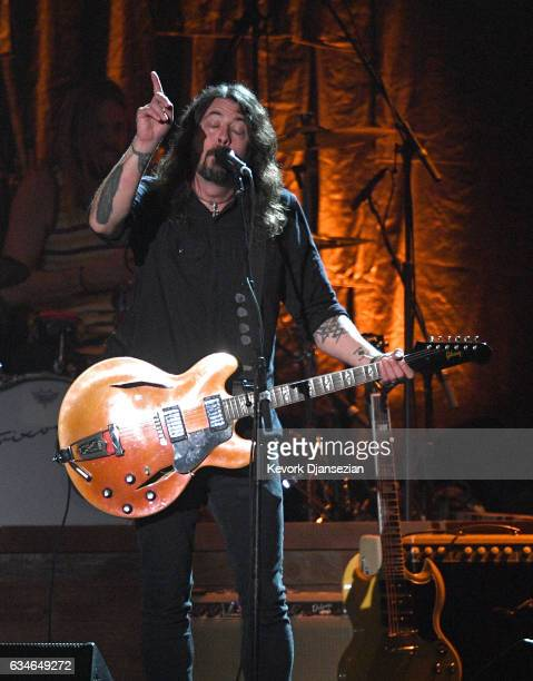 Singer Dave Grohl of the Foo Fighters perform onstage during MusiCares Person of the Year honoring Tom Petty at the Los Angeles Convention Center on...