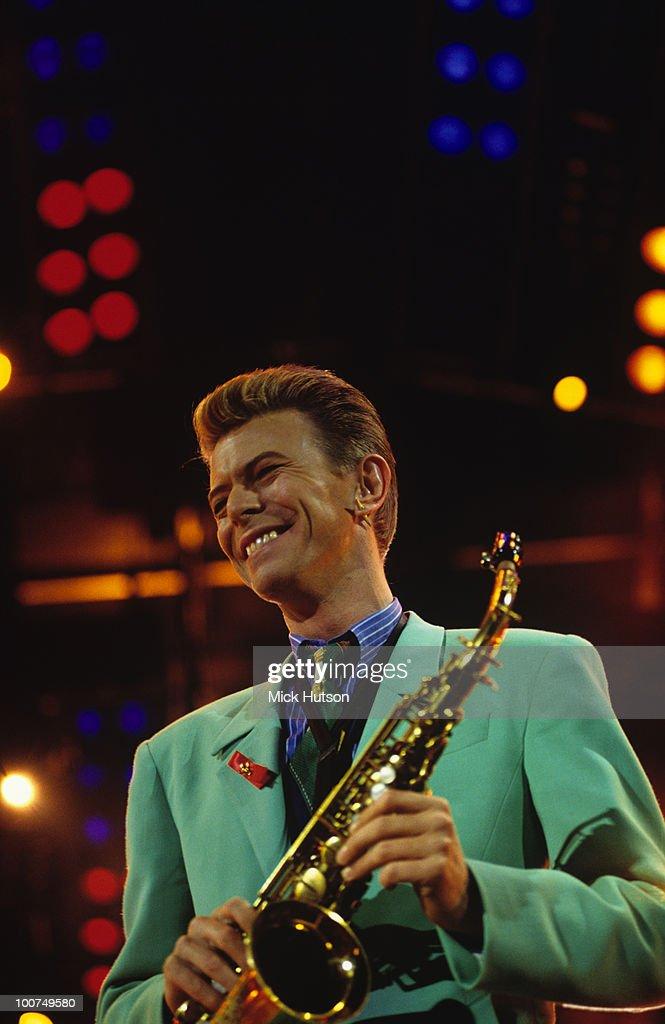 David Bowie At Freddie Mercury Tribute Gig : News Photo