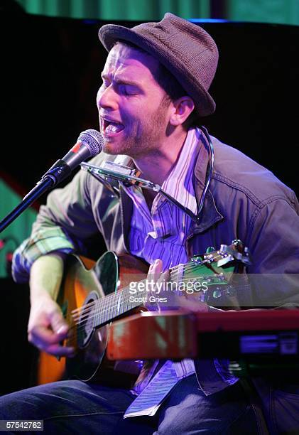 Singer David Ford performs at the Tribeca/ASCAP Music Lounge at the Canal Room May 5 2006 in New York City