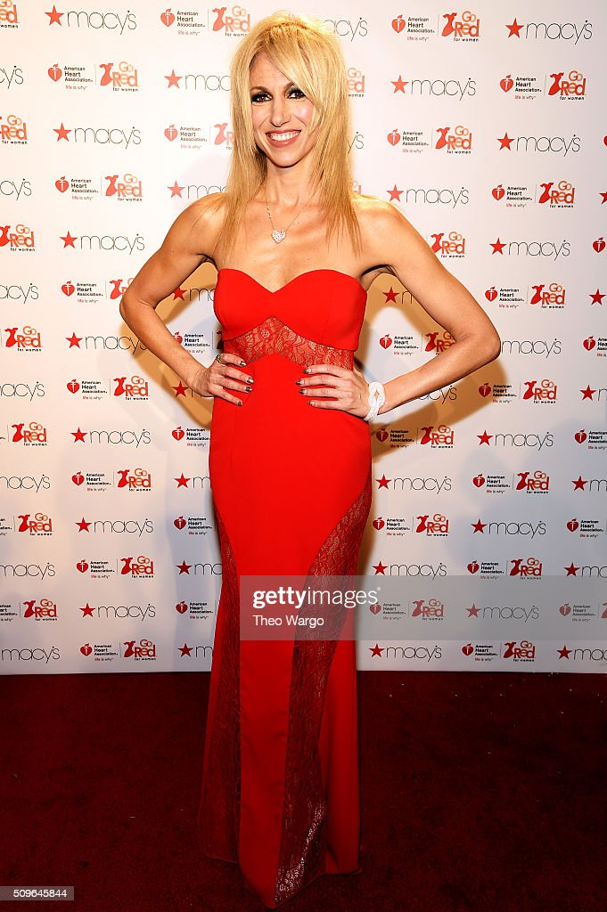 The American Heart Association's Go Red For Women Red Dress Collection 2016 Presented By Macy's - Arrivals : Foto di attualità