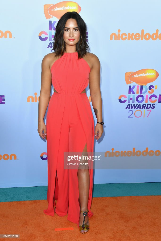 Singer Demi Lovato at Nickelodeon's 2017 Kids' Choice Awards at USC Galen Center on March 11, 2017 in Los Angeles, California.