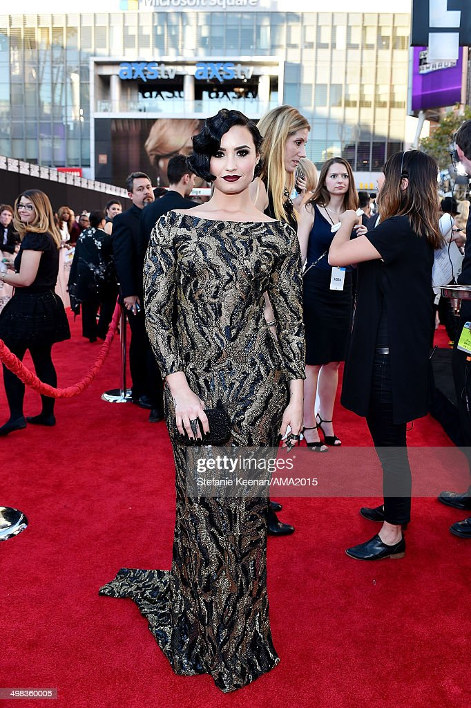 Singer Demi Lovato attends the 2015 American Music Awards at Microsoft Theater on November 22, 2015 in Los Angeles, California.