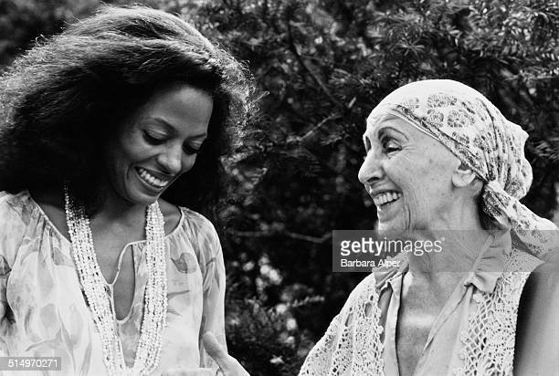 Singer Diana Ross and sculptor Louise Nevelson at the Mayors Awards at the Gracie Mansion in New York City July 1981