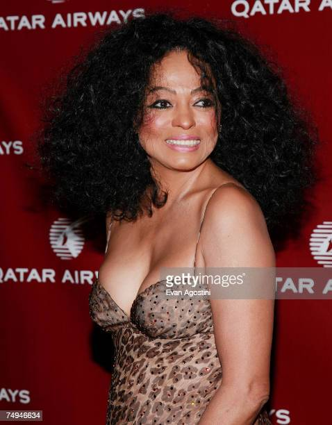 Singer Diana Ross attends a Qatar Airways gala to celebrate their inaugural flights to NYC June 28 2007 at the Frederick P Rose Hall Jazz at Lincoln...