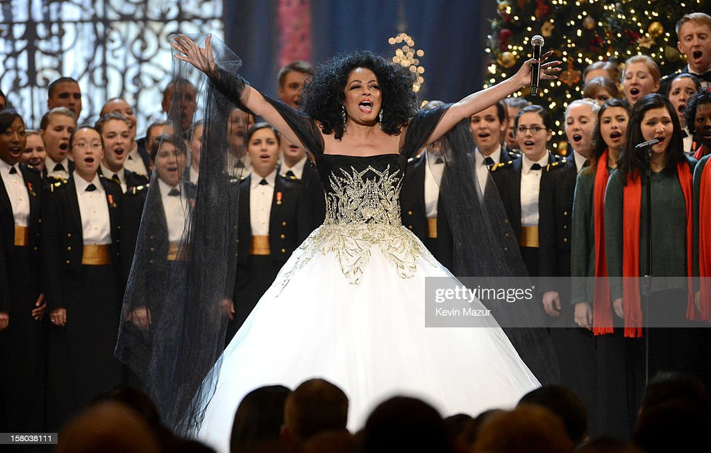 Singer Diana Ross performs onstage during TNT Christmas in Washington 2012 at National Building Museum on December 9, 2012 in Washington, DC. 23098_003_KM_1998.JPG