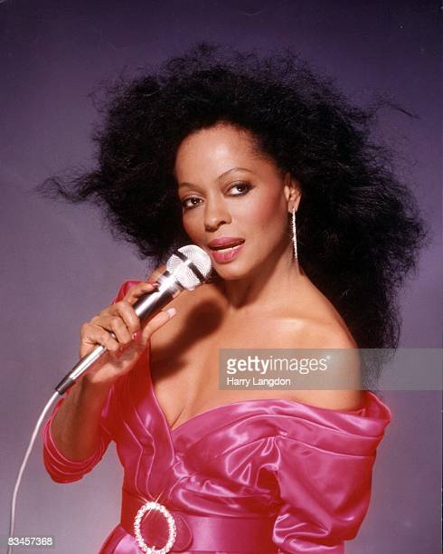 Singer Diana Ross poses for a portrait session on July 3, 1987 in Los Angeles. California