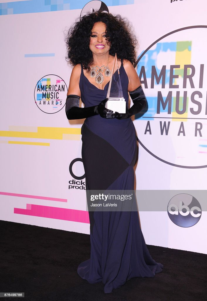 Singer Diana Ross poses in the press room at the 2017 American Music Awards at Microsoft Theater on November 19, 2017 in Los Angeles, California.