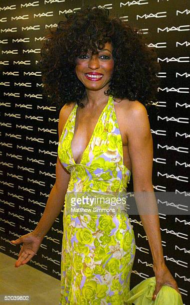 Singer Diana Ross stands for photos at the launch of her new 'MAC Beauty Icon Series 2 Collection' at the MAC Cosmetics store on January 20 2005 in...