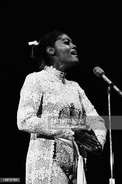 Singer Dionne Warwick performs at the Newport Jazz Festival in July 1971 in Newport Rhode Island