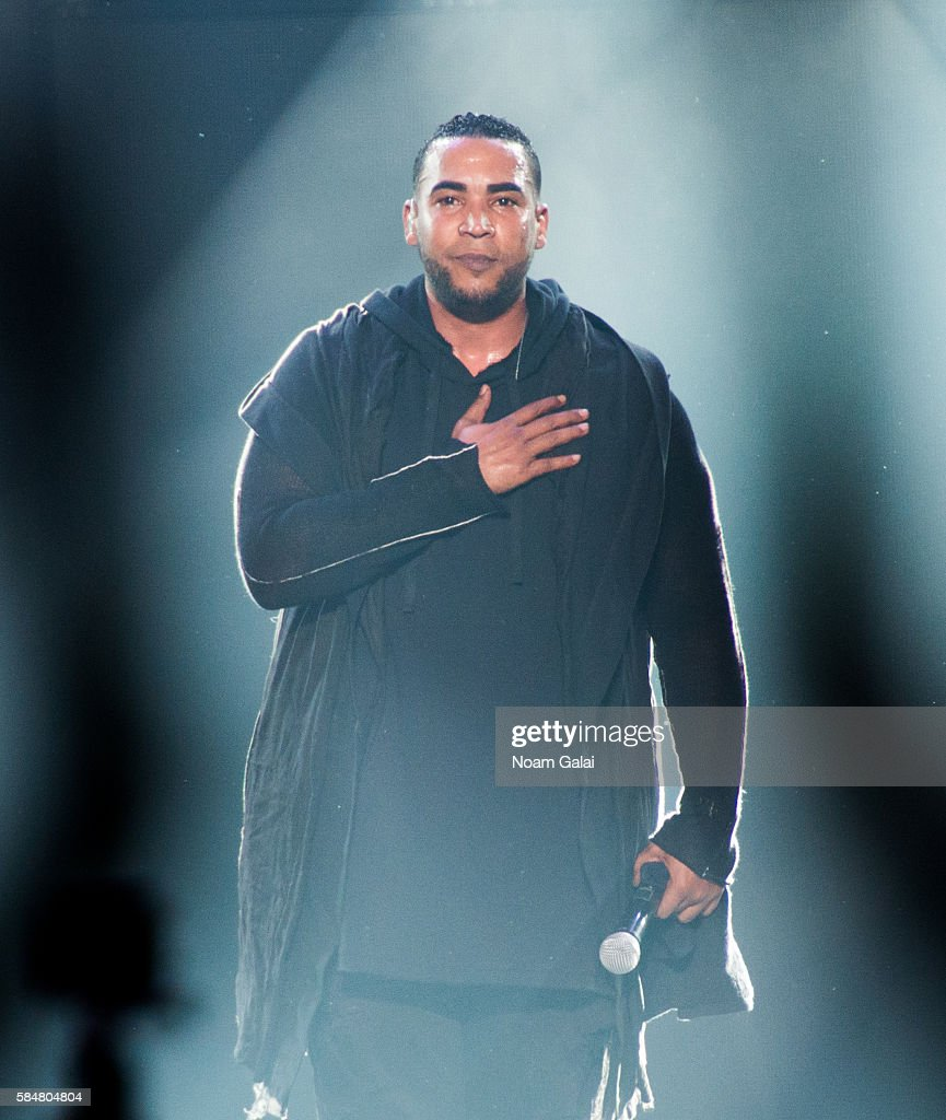 The Kingdom: Daddy Yankee Vs Don Omar Tour - New York, New York