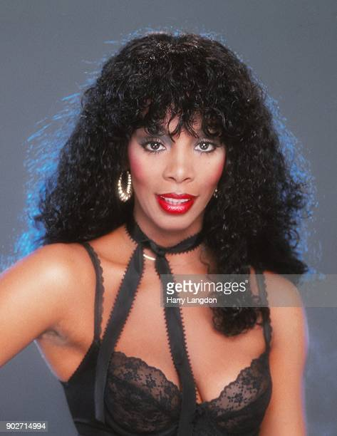 Singer Donna Summer poses for a portrait in 1979 in Los Angeles California
