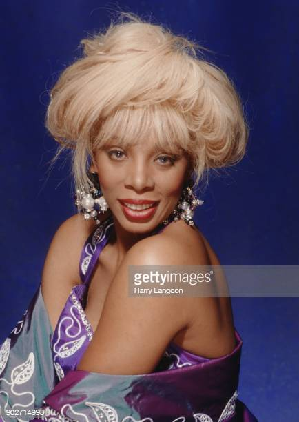 Singer Donna Summer poses for a portrait in 1980 in Los Angeles California