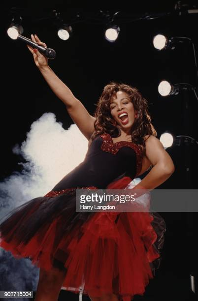 Singer Donna Summer poses for a portrait in 1987 in Los Angeles California