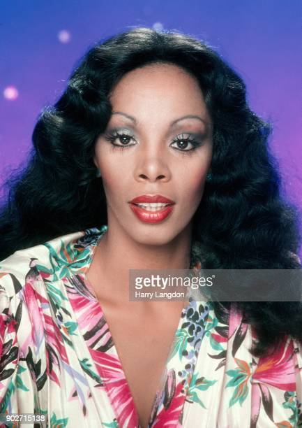 Singer Donna Summer poses for an album cover session on May 16 1978 in Los Angeles California
