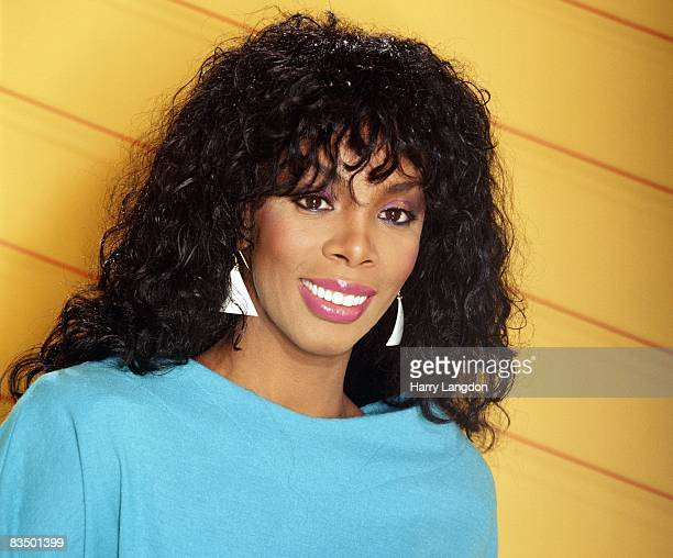 Singer Donna Summer poses for an photo session on January 20 1982 in Los Angeles California