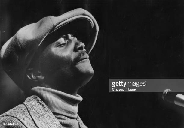 Singer Donny Hathaway performs at Mister Kelly's in Chicago on November 1 1971