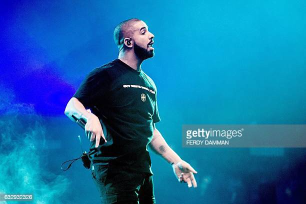 US singer Drake performs on stage on January 28 2017 at the Ziggo Dome in Amsterdam as part of his Boy Meets World Tour / AFP / ANP / Ferdy Damman /...