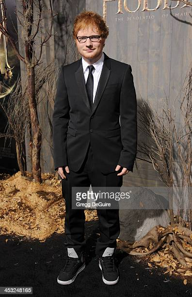 Singer Ed Sheeran arrives at the Los Angeles premiere of The Hobbit The Desolation Of Smaug at TCL Chinese Theatre on December 2 2013 in Hollywood...