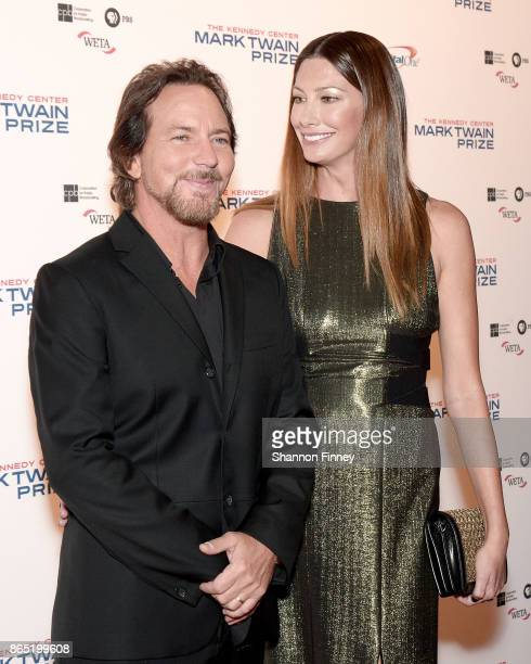 Singer Eddie Vedder and Jill McCormick attend the 2017 Mark Twain Prize for American Humor at The Kennedy Center on October 22 2017 in Washington DC