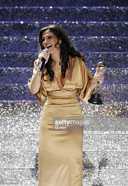 Singer Elissa receives the Best Selling Arabic Artist Award performs on stage during the 2006 World Music Awards at Earls Court on November 15 2006...
