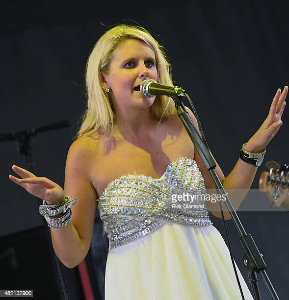 Singer Elizabeth Lyons performs at Country Thunder Day 4 In Twin Lakes Wisconsin on July 26 2015 in Twin Lakes Wisconsin