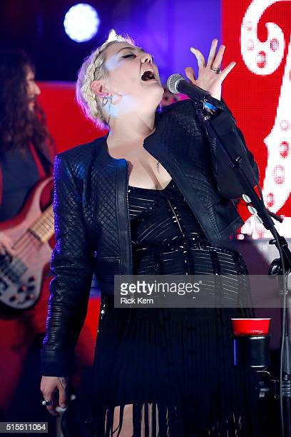 Singer Elle King performs onstage at Samsung Galaxy Life Fest at SXSW 2016 on March 13 2016 in Austin Texas