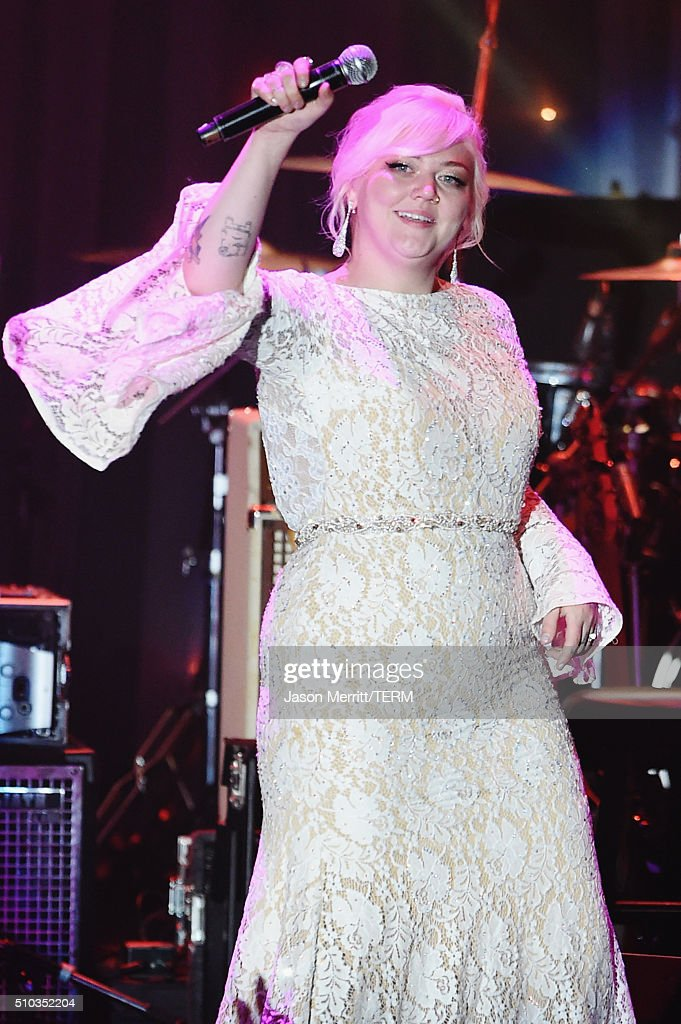Singer Elle King performs onstage during the 2016 Pre-GRAMMY Gala and Salute to Industry Icons honoring Irving Azoff at The Beverly Hilton Hotel on February 14, 2016 in Beverly Hills, California.