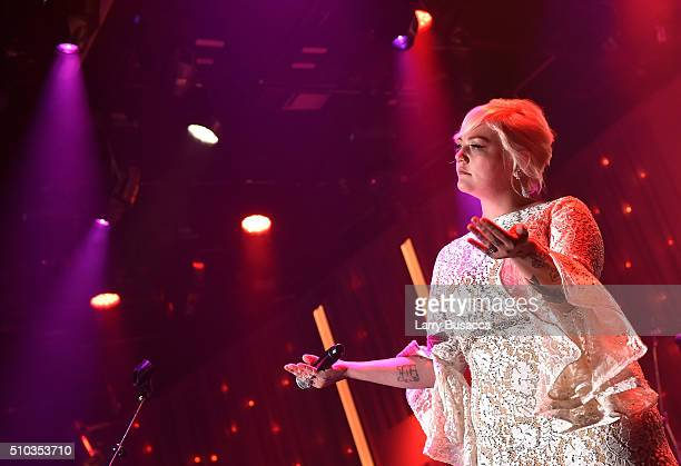 Singer Elle King performs onstage during the 2016 PreGRAMMY Gala and Salute to Industry Icons honoring Irving Azoff at The Beverly Hilton Hotel on...