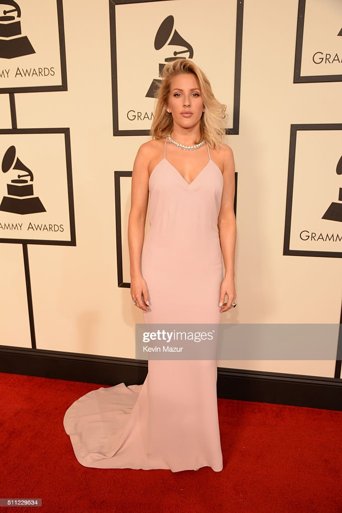 The 58th GRAMMY Awards - Red Carpet : News Photo