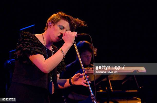 Singer Elly Jackson and Ben Langmaid of La Roux perform at the Roxy Theatre on April 12 2009 in Los Angeles California