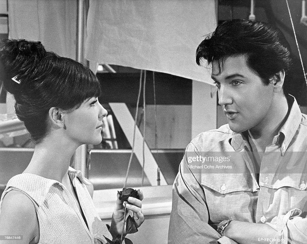 Elvis Presley On Set : News Photo