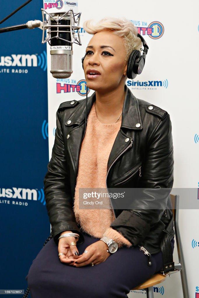 Singer Emeli Sande performs on SiriusXM Hits 1 at the SiriusXM Studios on January 18, 2013 in New York City.