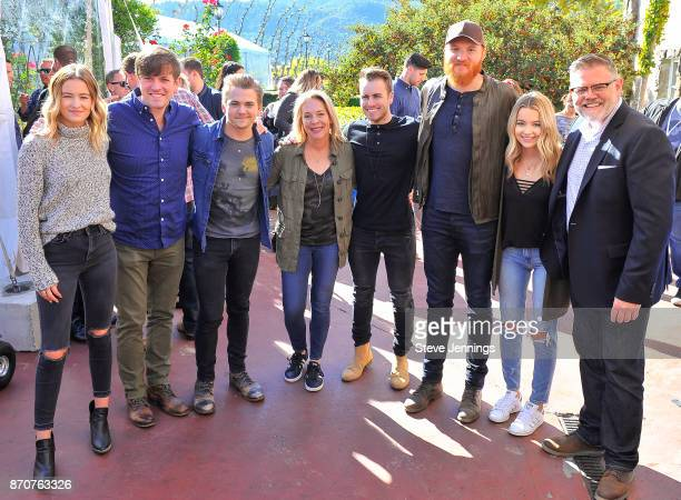 Singer Emma Salute of Temecula Road Singer David Barnes Singer Hunter Hayes Live In The Vineyard Founder Bobbii HachJacobs Singer Dawson Anderson of...
