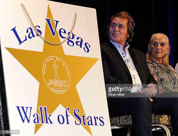 Singer Engelbert Humperdinck and his wife Patricia Dorsey appear during Humperdinck's Las Vegas Walk of Stars dedication ceremony at the Paris Las...