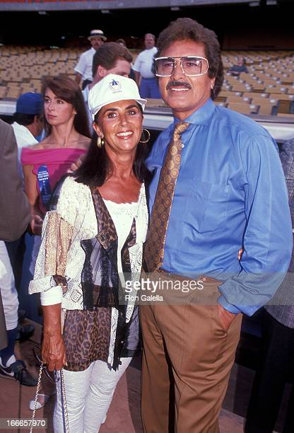 Singer Engelbert Humperdinck and wife Patricia Healey attend the 34th Annual Hollywood Stars Night Celebrity Baseball Game on August 17 1991 at...