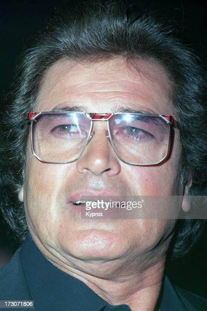 Singer Engelbert Humperdinck circa 1990